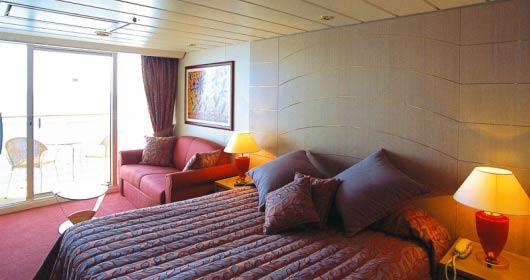 Suite with balcony 530x280_tcm13-9285