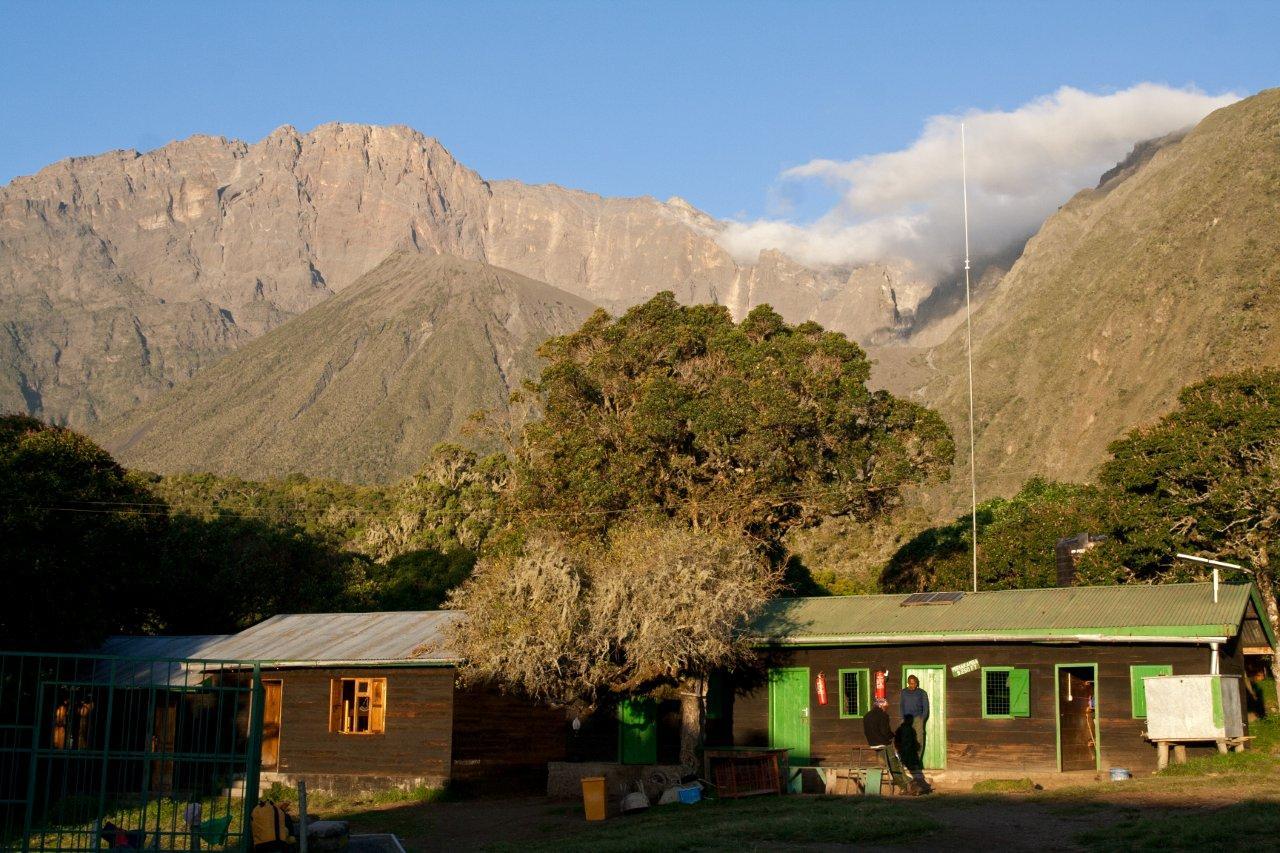 IMG_4284-Tanzania.-Arusha-NP.-Miriakamba-Hut
