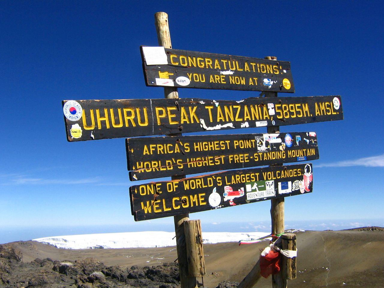 climbing-kilimanjaro-ona-budget